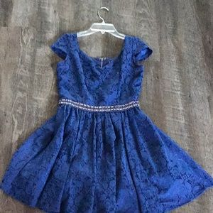 Dresses & Skirts - Blue and silver floral dress